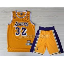 Kit NBA Lakers di Magic Johnson