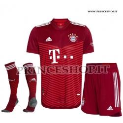 Completo Home Bayern Monaco 2021/22 maglia+pantaloncini+calzettoni